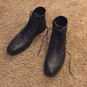 Robert Wayne Men's Black Boots